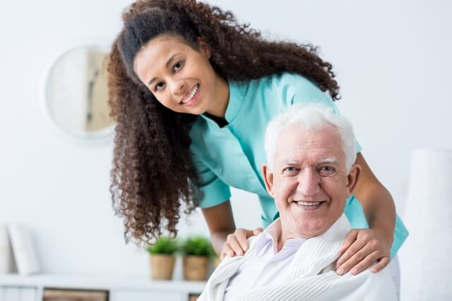 5 Benefits of Having a Personal Caregiver