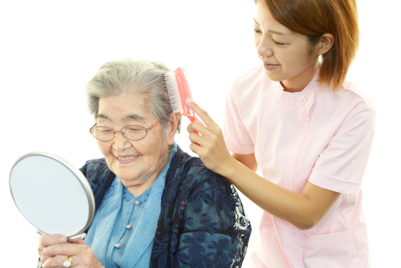 Promoting Senior Independence Through Home Care: What Are the Benefits?